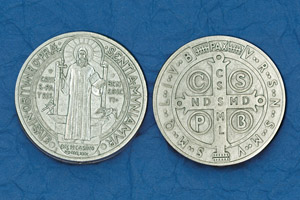25-Pack - Religious Coin Token - St Benedict Pendant