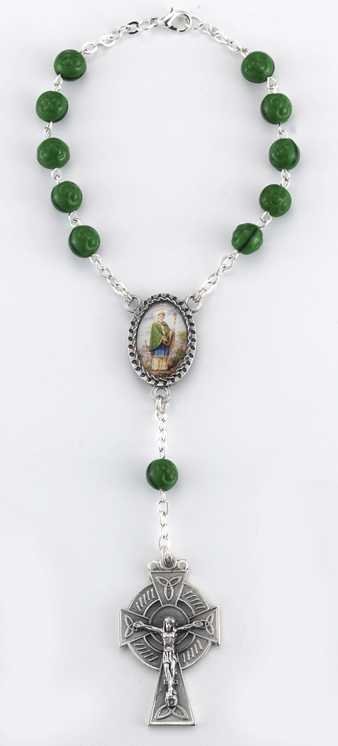 St.Patrick Auto Rosary 7MM Green Wood Beads