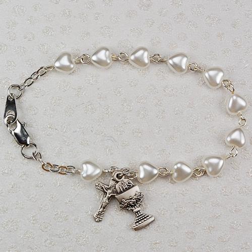 """6 1/2"""" White Pearl Heart Bracelet"""