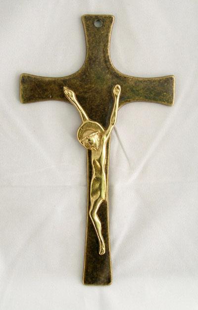 """Crucifix Brass 8.5"""""""