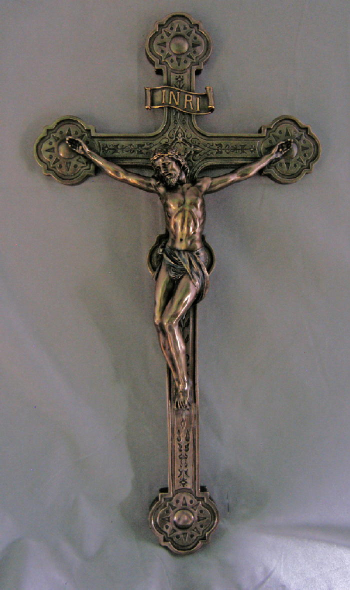 Excellent Large wall crucifixes AM62